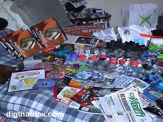 E32009/E3_Loot_Mr_T_Gloves.jpg