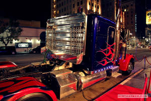 InHollywood/Optimus_Prime_in_Hollywood_2.jpg