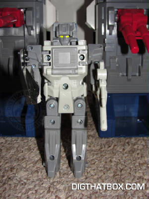 TOYS/Encore_Fortress_Maximus_10.JPG