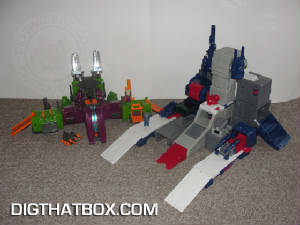 TOYS/Encore_Fortress_Maximus_16.JPG