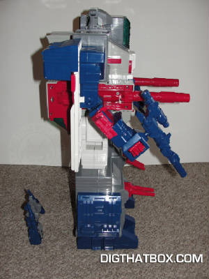 TOYS/Encore_Fortress_Maximus_7.JPG