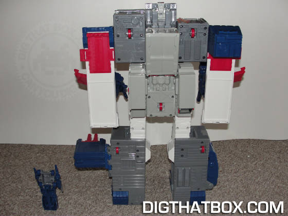 TOYS/Encore_Fortress_Maximus_8.JPG