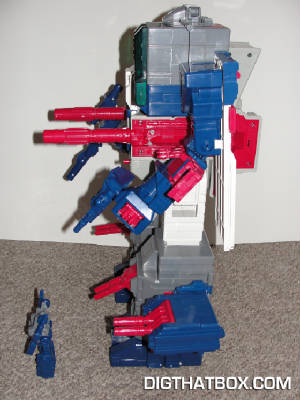 TOYS/Encore_Fortress_Maximus_9.JPG