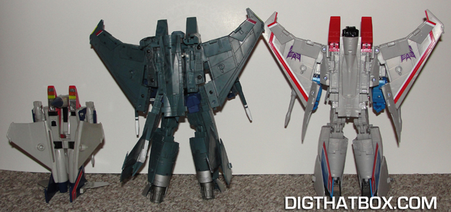 TOYS/PIC-11_MP-11_Robot_Mode_Rear_View.JPG