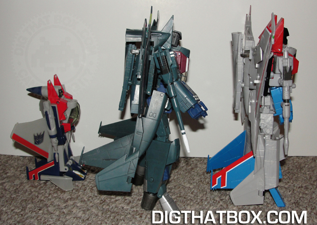 TOYS/PIC-12_MP-11_Robot_Mode_Side_2.JPG