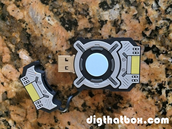 Video_Games/Halo-V-Flash-Drive.JPG